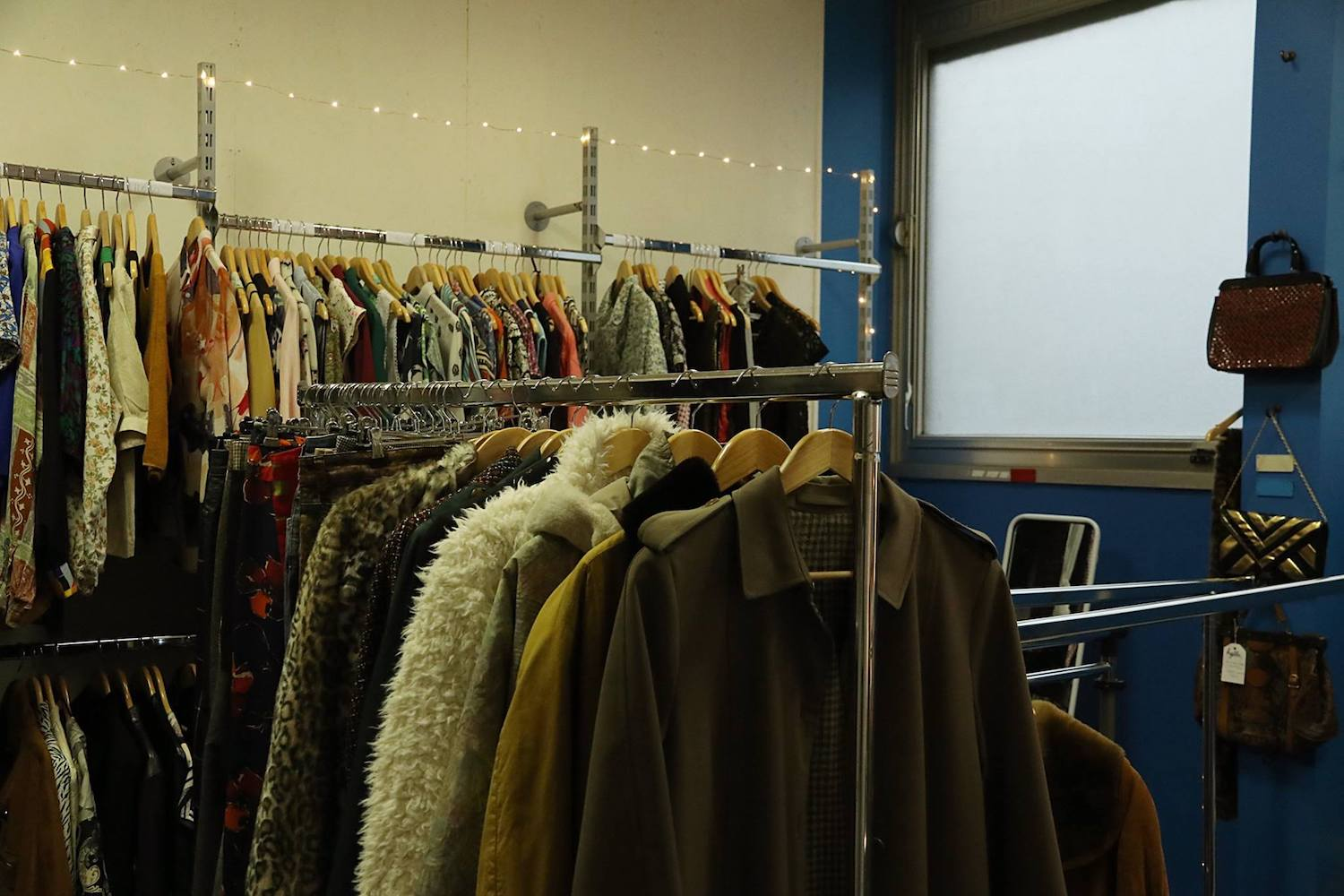 Hylla clothes renting business in France