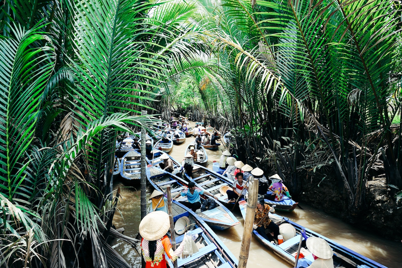 What is the difference between ecotourism and sustainable travel?