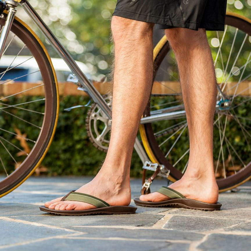 Okabashi 'Indigo' Eco-Friendly Flip Flips Thongs for Men